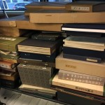 大量の書道書や二玄社の故宮博物院名蹟法書等の複製掛軸を出張買い取りさせて頂きました