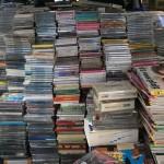 本と共にDVDやCDを大量出張買い取りさせて頂きました
