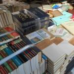 シェイクスピアなど英文学に関する本を中心に3t以上と大量の古書をお譲り頂きました