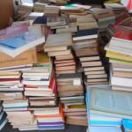 ひつじ書房やくろしお出版など言語学に関する専門書をお譲り頂きました