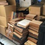 日本教科書大系やニーチェ全集など様々なジャンルの本をお譲り頂きました
