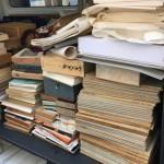書道書と共に石印材、半紙、硯、掛け軸などをお譲り頂きました